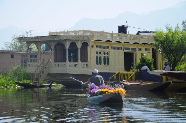Le lac Dale de Srinagar