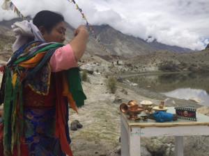 Lhamo rencontre avec une femme chamane