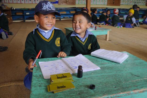 rencontre avec les enfants de l école tibétaine du TCV