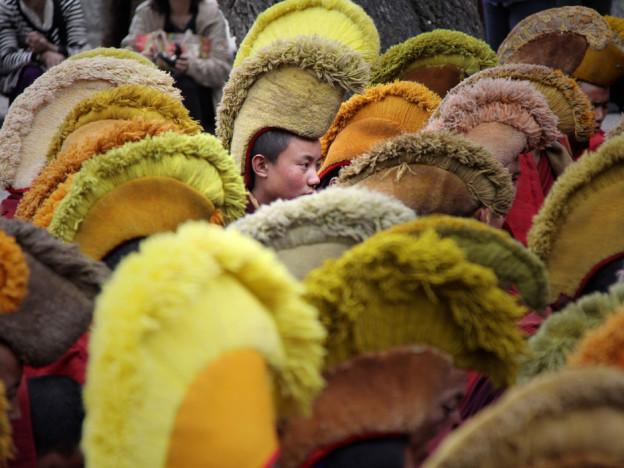 Moines Gelukpas ou bonnets jaunes