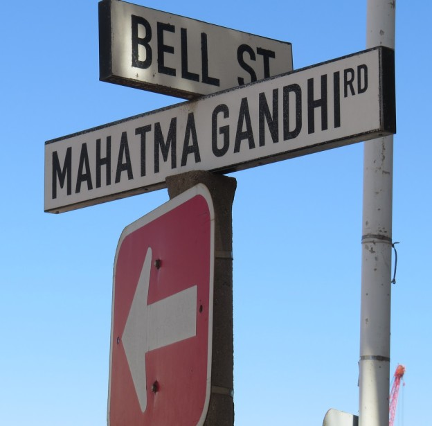Direction Gandhi