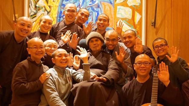 Thich Nhat Hanh et sa communauté