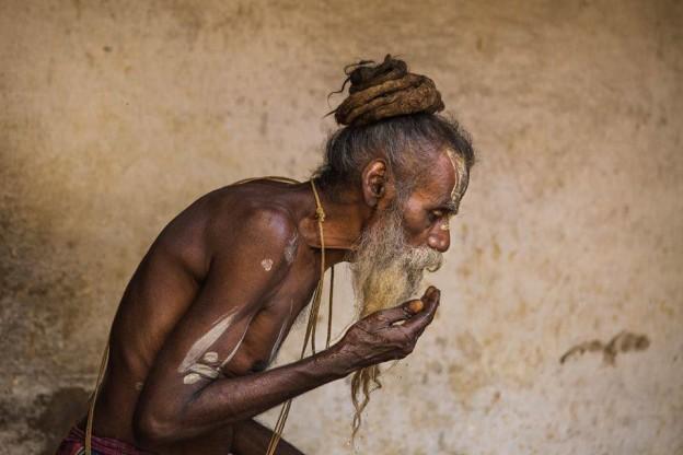 Sadhu de profil